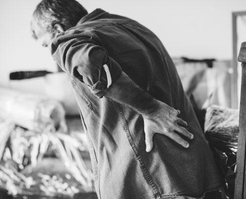Rugpijn bij een man